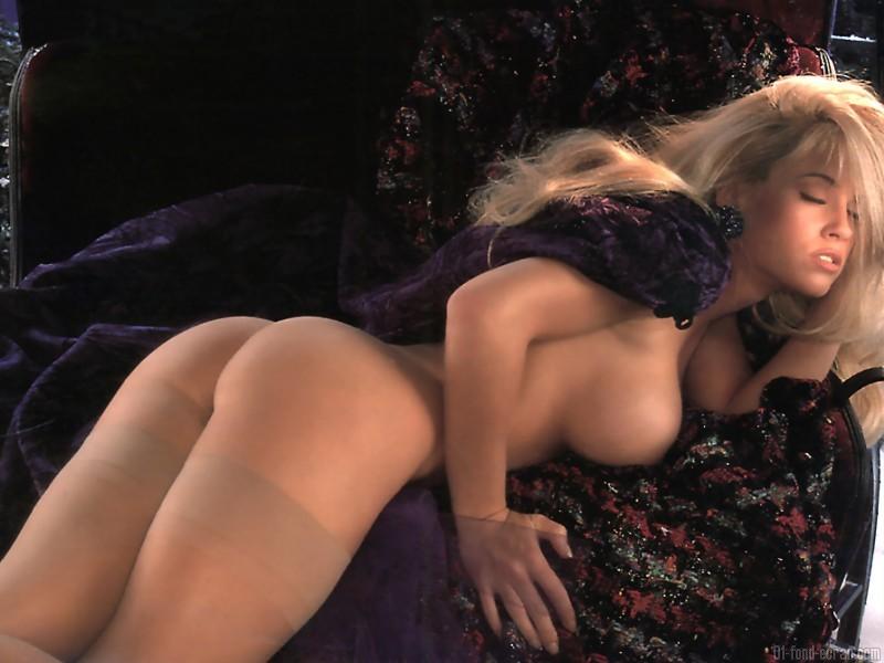 image de belles fesses interdit aux -de 18 ans